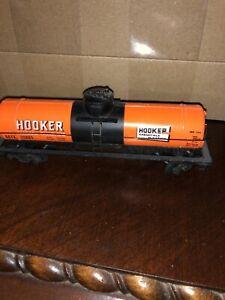 HO-Scale-Hooker-orange-Single-Dome-Tank-GATX-30883-Tanker