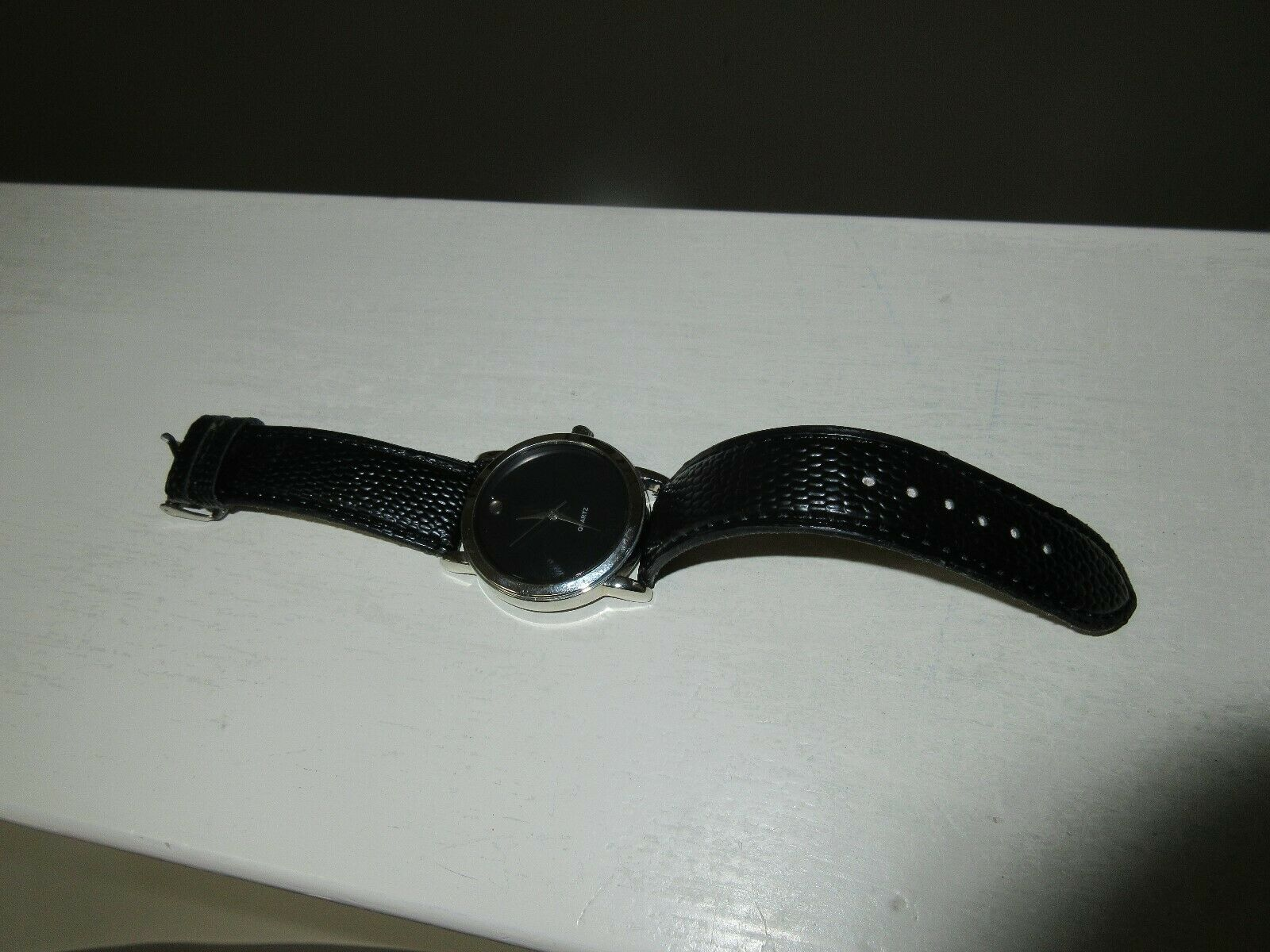 Men's Quartz Watch , Stainless Steel Back ,Casino Givea