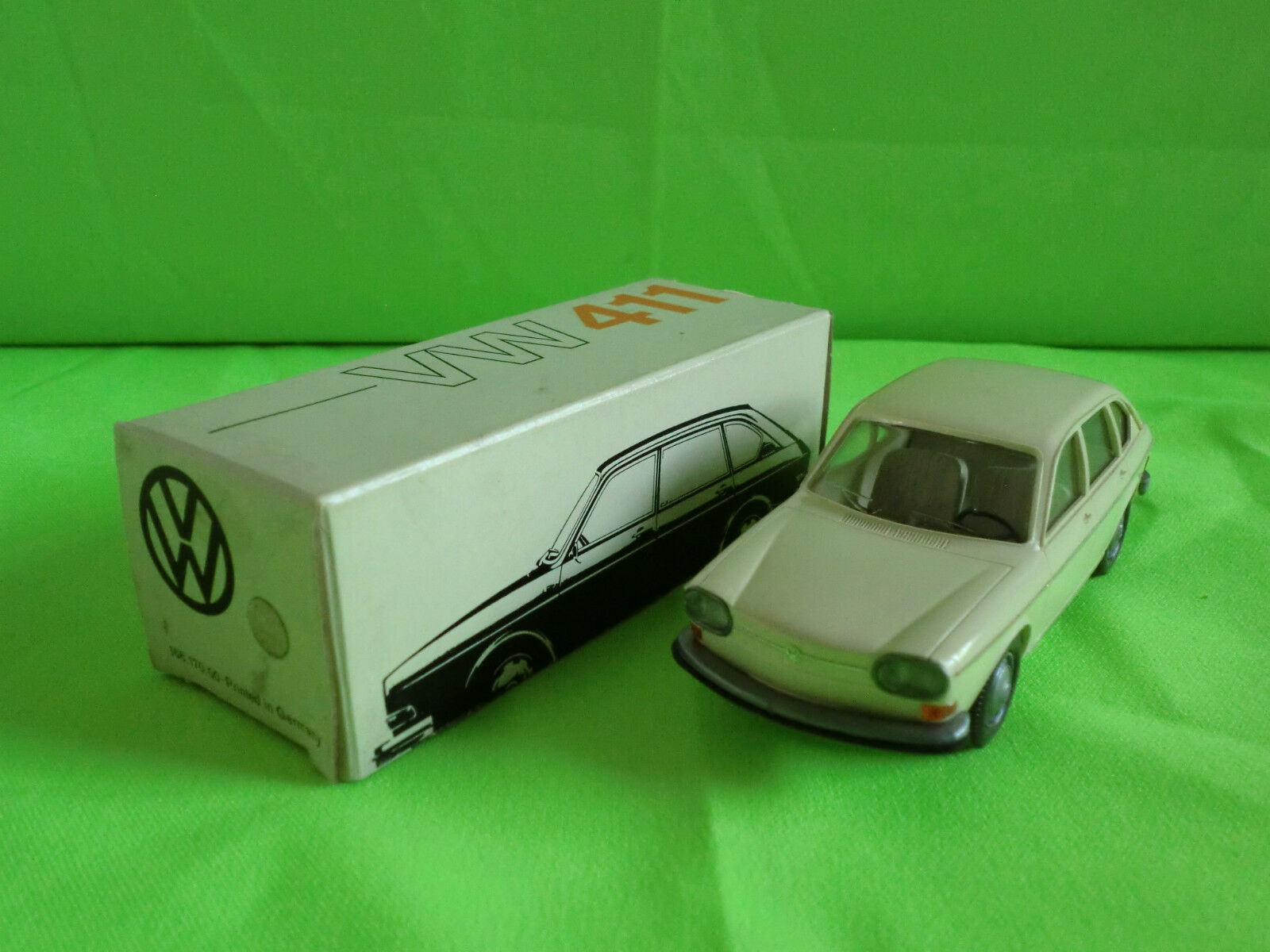 CURSOR 1 40  VW VOLKSWAGEN   411  -   IN BOX  -    IN NEAR  MINT CONDITION
