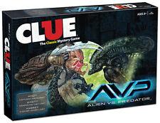 ALIEN VS PREDATOR™ CLUE® WHO captured the Alien Queen in CLUE® USAopoly 2016