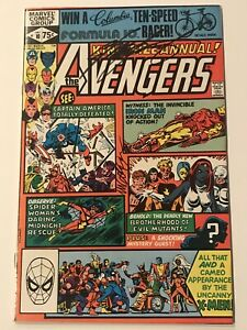 The-Avengers-Annual-10-SIGNED-2X-by-Mike-Golden-amp-Chris-Claremont-1st-ROGUE
