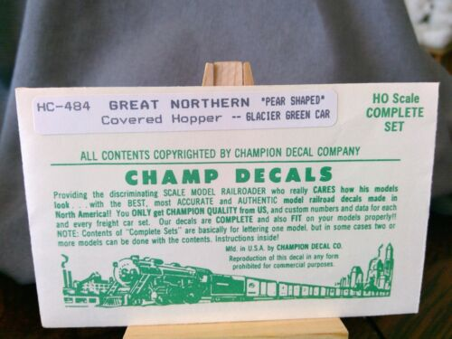 Champ Decal HO Great Northern HC-484 Covered Hopper Pear Shaped
