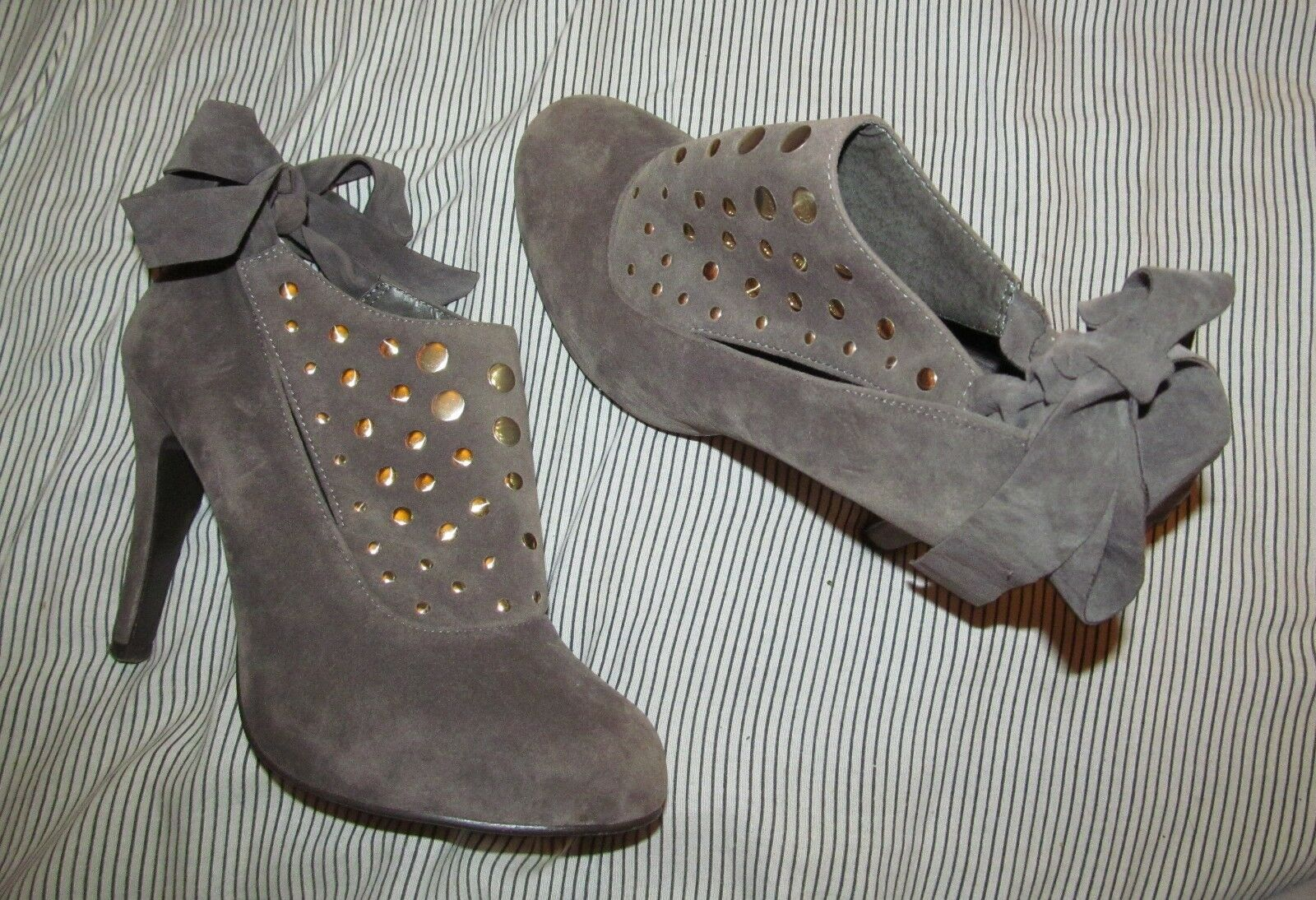 Malni by Pepe Brown velvet-y bootie faux suede high heel bootie velvet-y shootie back tie size 7 ce2ec3