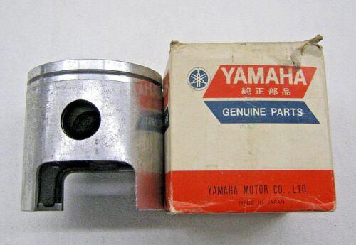 NOS YAMAHA 69 70 71 DT1 ENGINE PISTON OEM 285-11636-00-00 .50 OVERSIZE