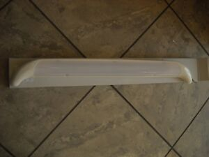Plafoniera Led Esterno Camper : Plafoniera per esterno a led con protezione e funzione gocciolatoio