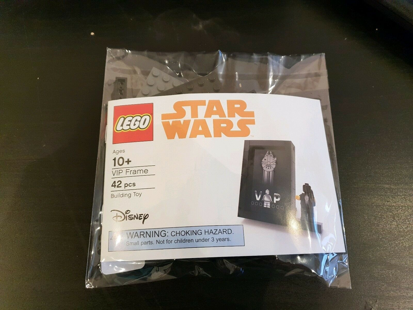 Lego Star Wars Millennium Falcon schwarz VIP Card Holder Frame 5005747 Sealed