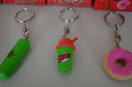Squishee Hellfish + 5 Pack The Simpsons: 25th Anniversary Keychains Donut