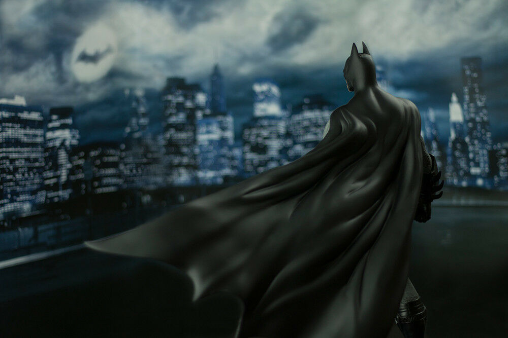 Batman Batman Batman  Arkham City - Batman 1 6th Scale Limited Edition Statue a1e97e