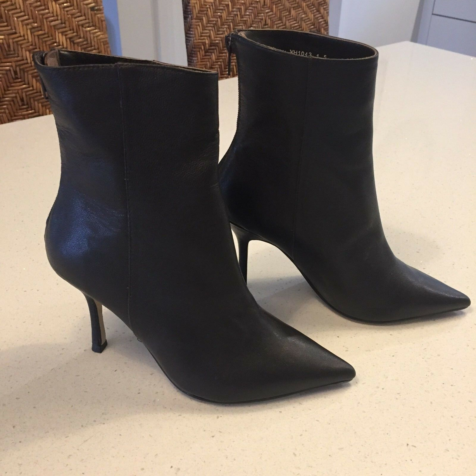 JOANNE MERCER BROWN LEATHER POINTY BACK ZIP ANKLE BOOTS SIZE 5 BNWT (J80300)