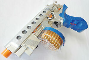 toy guns electronic toy drum fed 9mm machine pistol w flashing light sound fx ebay. Black Bedroom Furniture Sets. Home Design Ideas