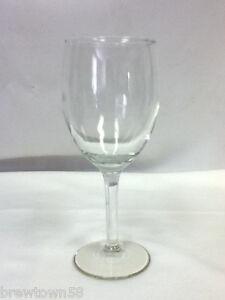 Wine-glass-bar-glasses-1-single-footed-stemmed-bar-glassware-drinking-drinks-JF2
