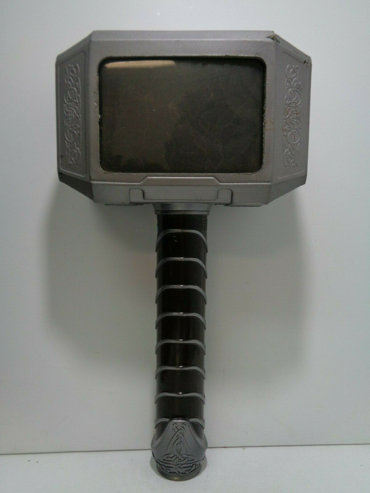Hasbro MJOLNIR ELECTRONIC HAMMER Thor - 2013 Prop Replica Pre-Owned
