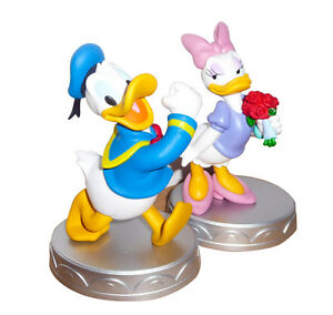 Very Cute COUPLE 2 Figures 5 DONALD and DAISY DUCK Statues