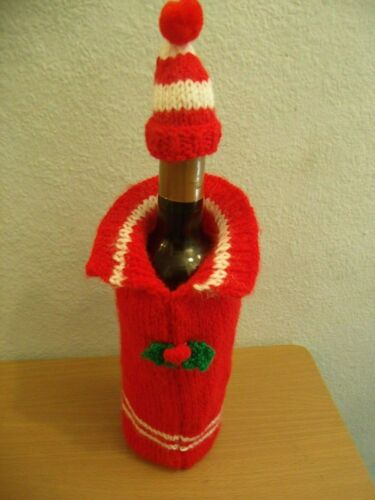 WINE BOTTLE COSY COVER AND BOBBLE HAT KNITTING PATTERN