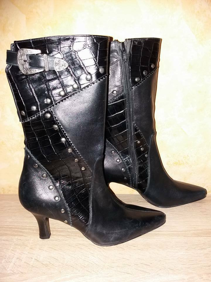 Damenschuh Stiefel spitz hoch schwarz Nappaleder mit Nieten NEU Gr. 35