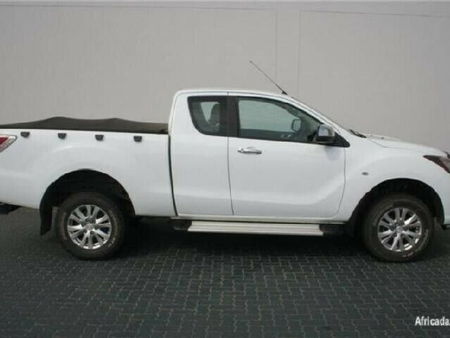Mazda Bt50 2.2 2014 Stripping for spares and parts