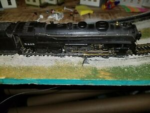 HO-SCALE-RIVEROSSI-5405-4-6-4-STEAM-ENGINE-AND-TENDER-NEW-YORK-CENTRAL-eng500