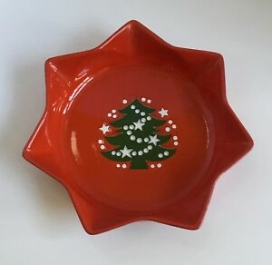 Waechtersbach-Christmas-Tree-10-034-Star-Shaped-Dish-or-Serving-Bowl-Red