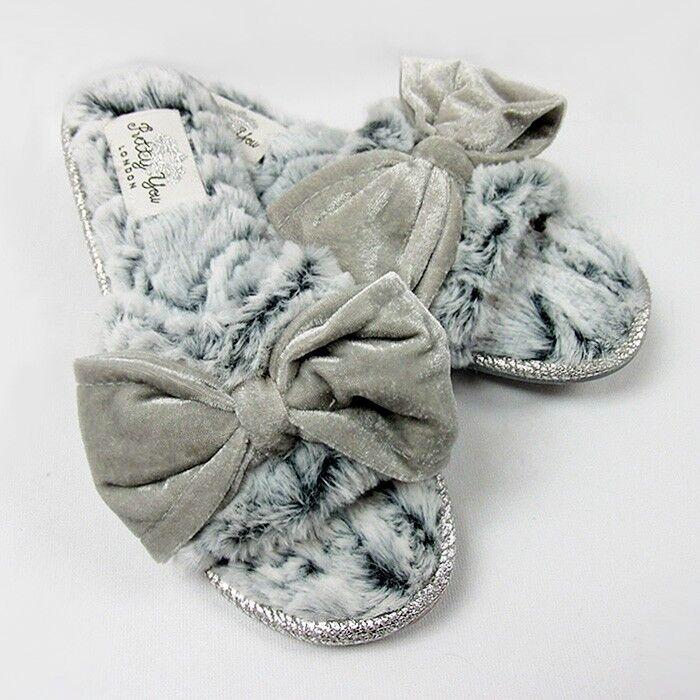 Pretty You London Women/'s Slippers Matilda in Pearl Grey
