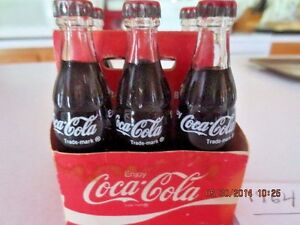 2019 COCA COLA  HOLIDAY 8 OUNCE GLASS COCA COLA BOTTLES 6 PACK