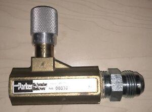 Parker-003381104-338-Series-Brass-Needle-Valve-3-4-034-NPTF-250-psi