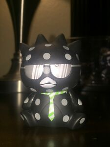 Urban Outfitters Hello Kitty BADTZ MARU Vinyl Figure Series 2 chase Figurine!