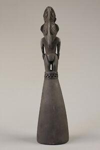 Statuette-ramu-papuan-figure-art-tribal-papou