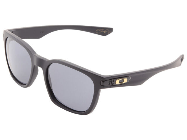 8d5241727 Oakley Garage Rock Shaun White Black/gray 100 UVA O Matter Square