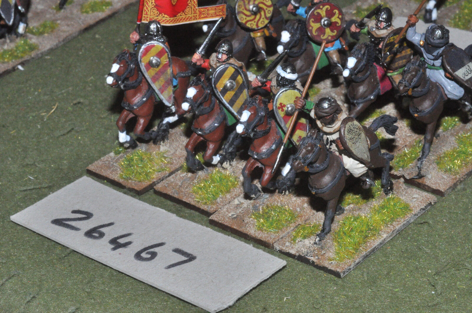 25mm medieval   moorish - heavy 8 figures - cav (26467)