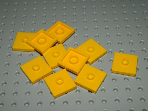 NEW LEGO Lot of 10 Yellow 2x2 Smooth Plates Tiles w// Stud in Center B3