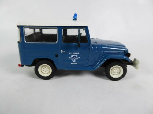 Ist Voiture Police miniature Diecast PM20 Toyota Land Cruiser FJ40 Police 1//43