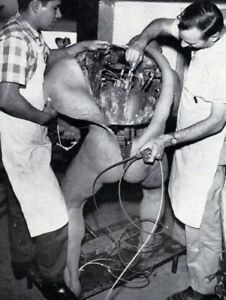 Vintage-Animatronic-Repair-Photo-384-Bizarre-Odd-Strange