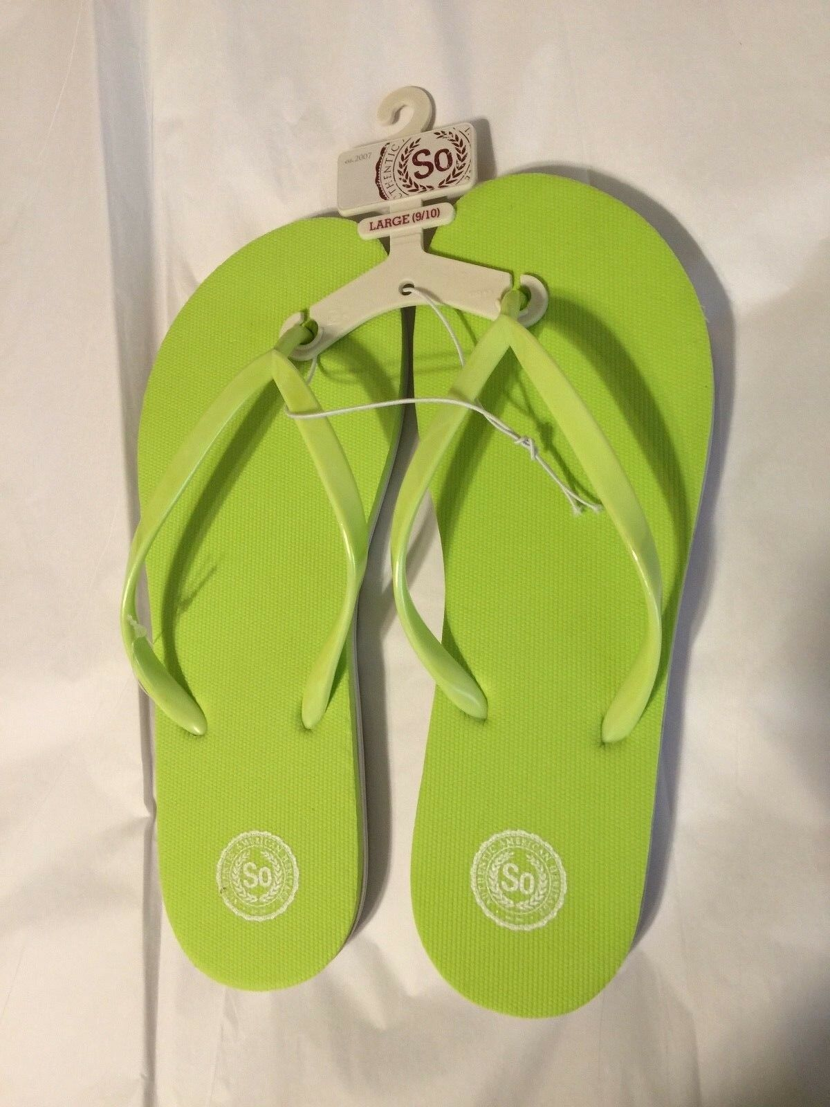SO AUTHENTIC AMERICAN HERITAGE GREEN WHITE FLIP LRG FLOP SANDALS NWT SZ LRG FLIP 9/10 8cbfb2