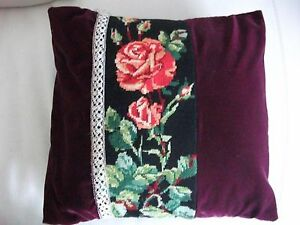 Magnifique-coussin-en-linge-ancien-Velours-rouge-tapisserie-et-dentelle