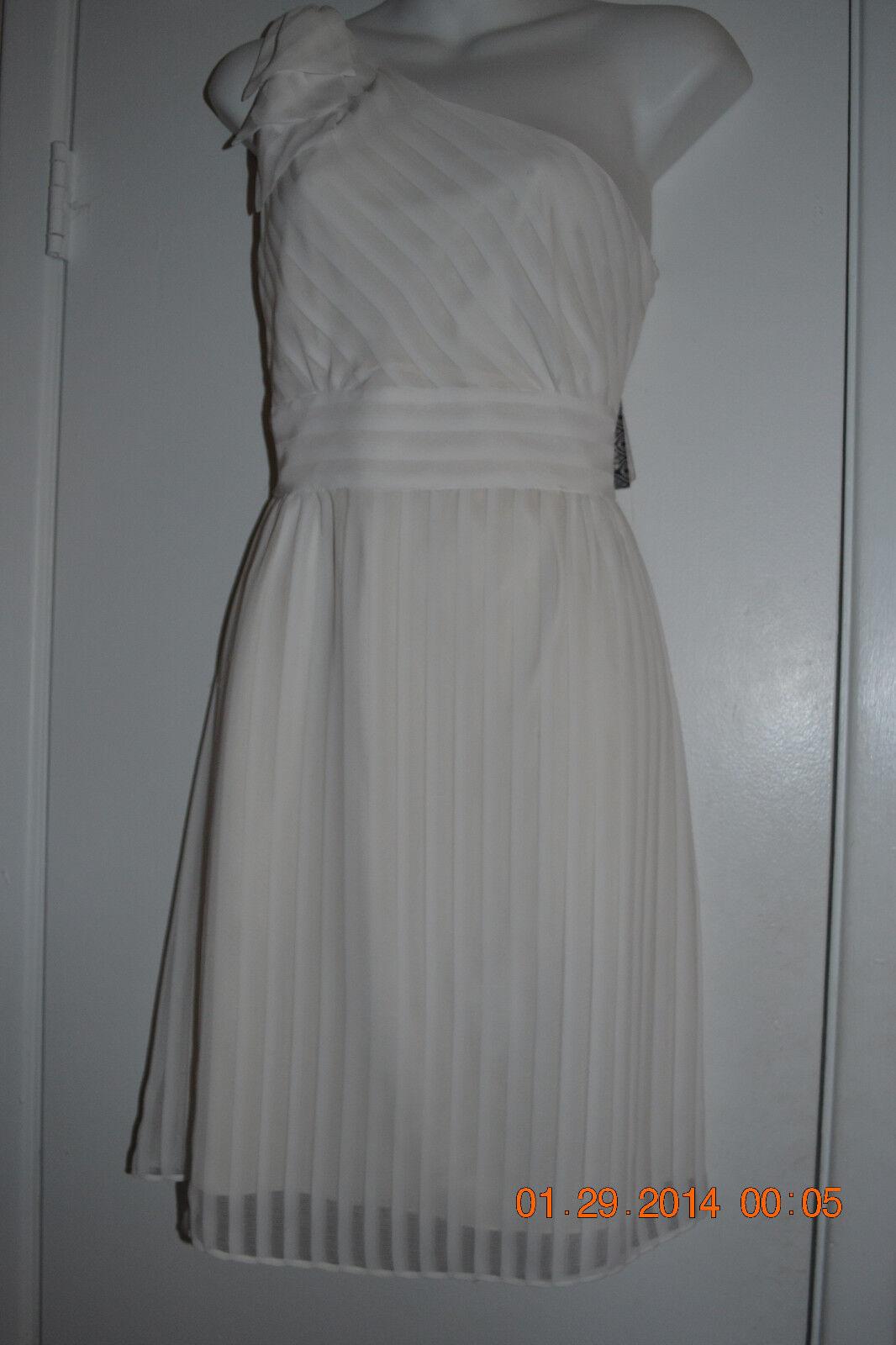 1eb838e5b30 Gianni Bini size 8 white empire waist off the shoulder dress NWT ...