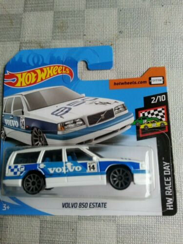 "Hot Wheels 2020 2//10 Volvo 850 Estate /""HW Race Day/"""