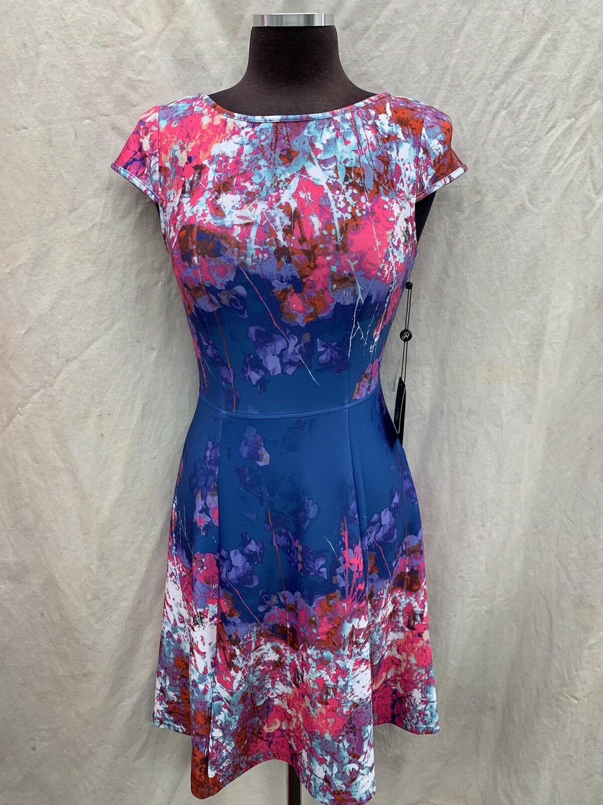 ADRIANNA PAPELL DRESS NEW WITH TAG LENGTH 40' RETAIL SIZE 12 SCUBA FABRIC