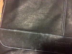 Kenneth Cole Reaction Columbian Leather Messenger Bag