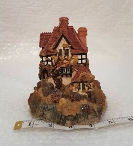Lilliput-Lane-Cottages-Beacon-Heights-1987-Collectable-Ornament