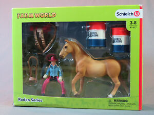 Schleich 41417 Barrel Racing avec Cowgirl Toy Set Cowboys Western Horse Play Set