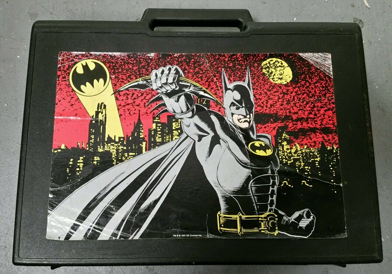 1991 CREATIVE PLASTIC BATMAN RETURNS VINTAGE CARRY-ALL CASE. RARE. RARE. RARE. ebe21f
