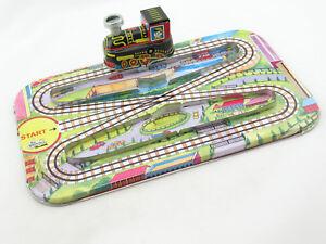 Blechspielzeug Eisenbahn mit Schranke Magic Cross Road 1071002