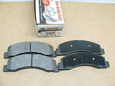 MD824 Front Brake Pads-Semi Metallic fit Ford Excursion F-350 SD F-250 SD