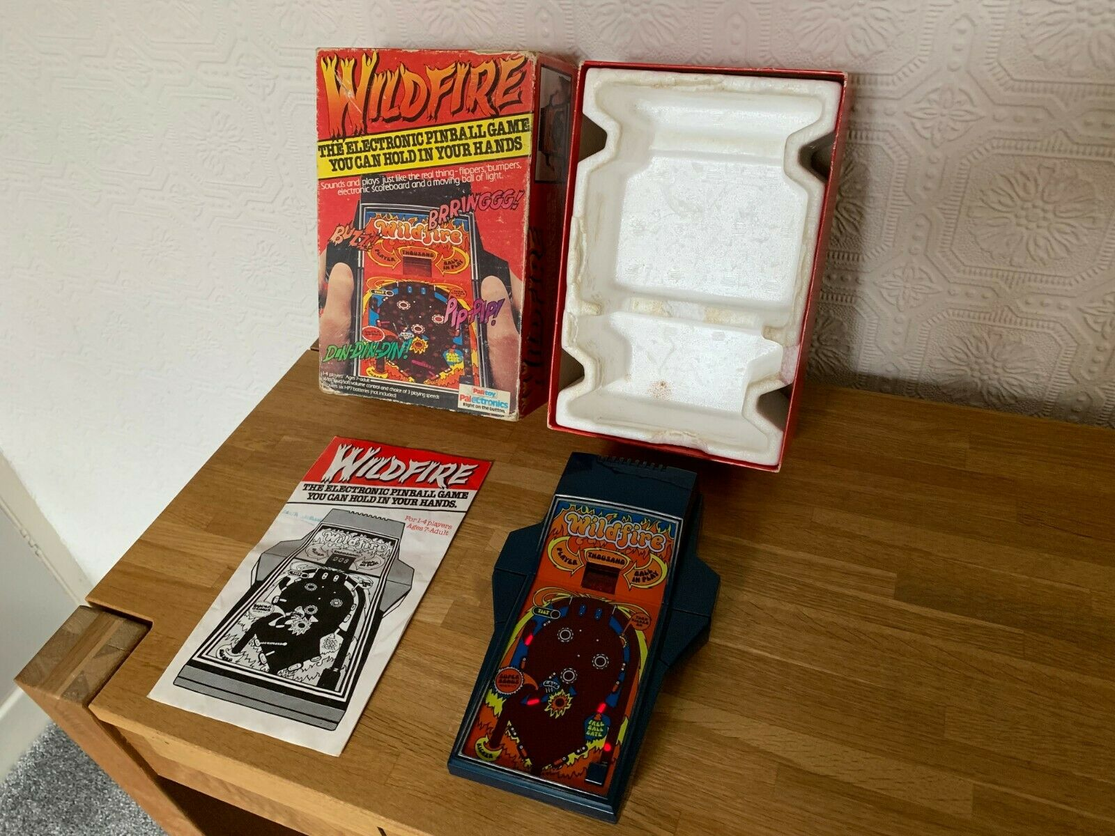 Sällsynta Palileksak Wildfire Pinboll Vintage 1979 Handhållna LED Electronic Game - Superb
