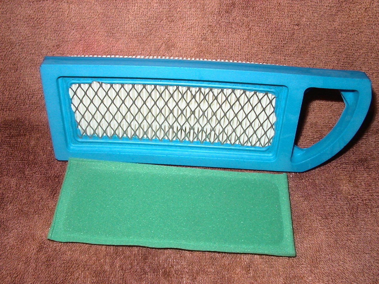 Briggs & Stratton Air Filter and Pre Filter Replaces 697153, 795115, 697015