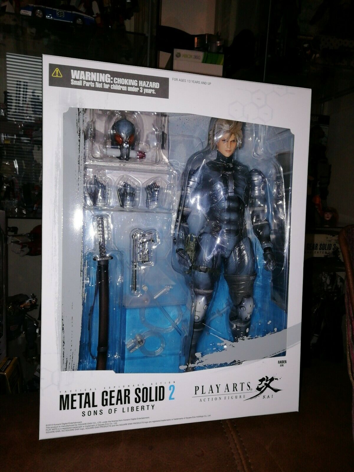 Square Enix Play Arts Kai Metal Gear Solid Véritable Raiden Boxed Figure