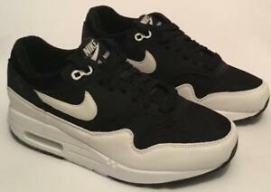 Nike-Women-039-s-Air-Max-1-Trainers-Black-White-Sizes-UK-3-TO-UK-7-SALE
