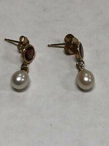 Ioka 14K Yellow Gold RD CZ Stone Channel Oval Hoop Hinged Earrings