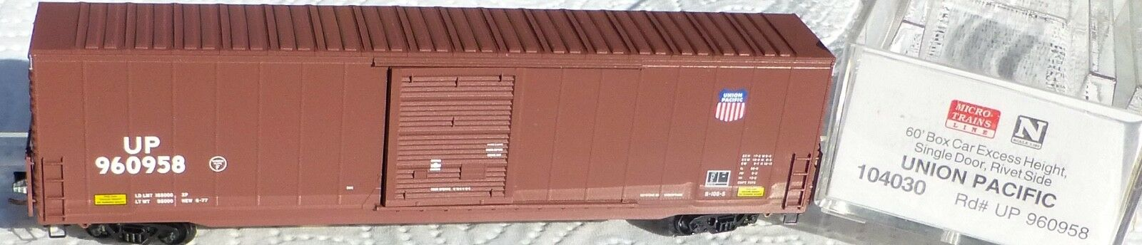 Micro Trains Ligne 104030 Union Pacific 60' Box car Excess Hauteur
