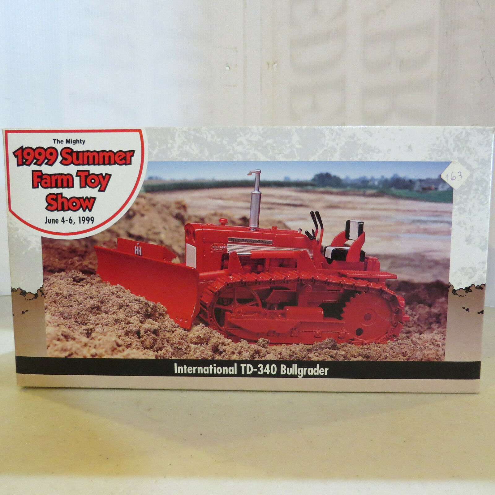 Ertl IH TD-340 Crawler, Blade,Metal Tracks, Summer Farm Toy Show 4533TA-B